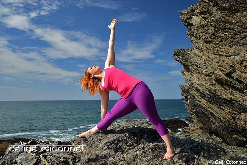 Tout savoir sur le triangle, Utthita Trikonasana: posture de yoga essentielle