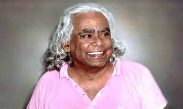 Vishnudevananda, le «swami volant», fondateur du Yoga Sivananda