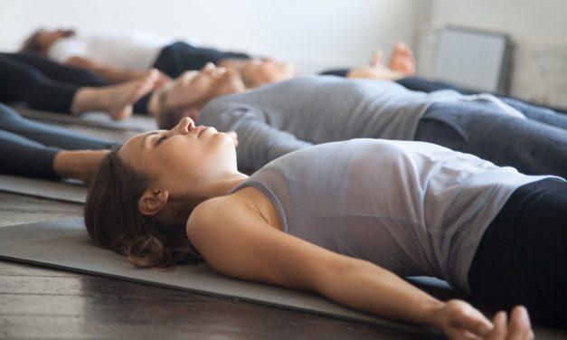 La plus détendante des respirations : Ujjâyi pranayama  – Partie 1 : position allongée