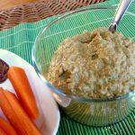 Pâté végétal tout cru aux graines de courge, basilic et légumes
