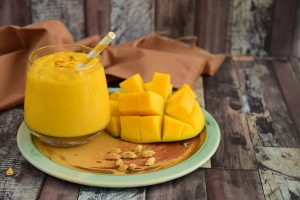 Smoothie mangues noix de cajou - lassi mangues